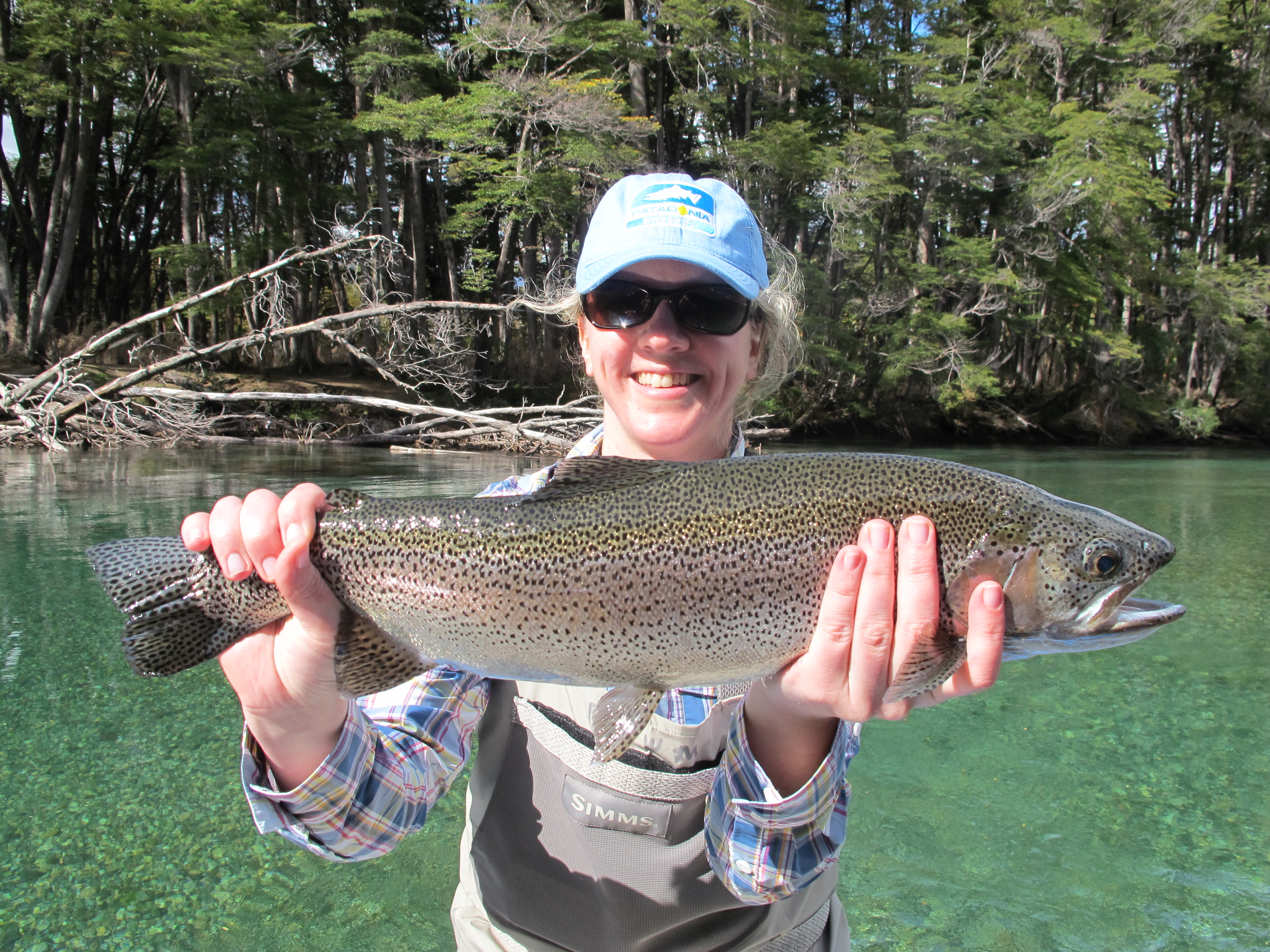 Patagonia river guides argentina fly fishing for Fishing in argentina