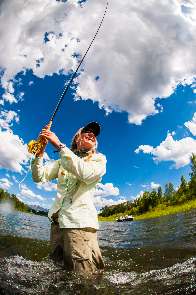 Women 39 s free fly fishing day and gear symposium for Women s fly fishing gear